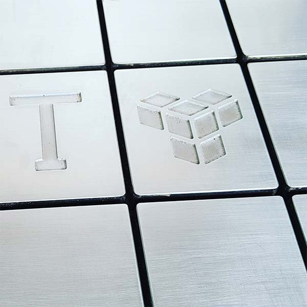Tractile Manufacture